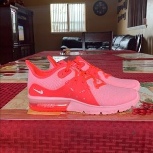 Nike Air Max Sequent 3 running sneakers